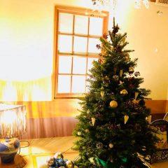 クリスマスムードの初音鮨